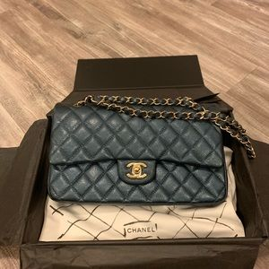 Chanel medium classic flap bag!!!